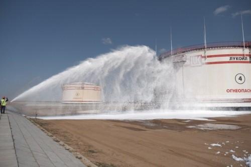 В Калмыкии отработали практическую часть командно-штабного учения по ликвидации разлива нефти и нефтепродуктов