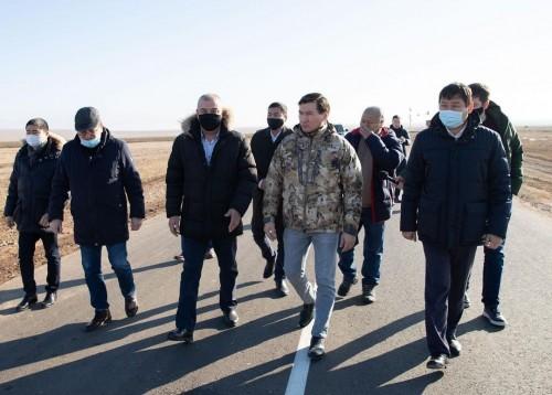 Глава Калмыкии Бату Хасиков посетил с рабочей поездкой Кетченеровский район