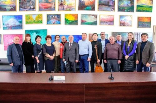 Бату Хасиков отметил вклад в развитие межнациональных отношений между Кабардино-Балкарской Республикой и Калмыкией