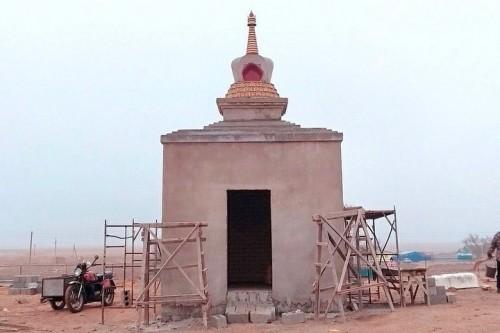 Завершается строительство канонической части Лотосовой ступы в селе Буранное Лаганского района