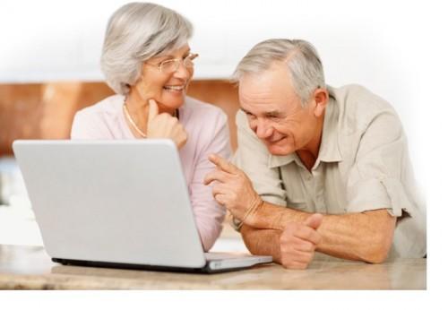 В Калмыкии стартовали очередные курсы компьютерной грамотности для пожилых