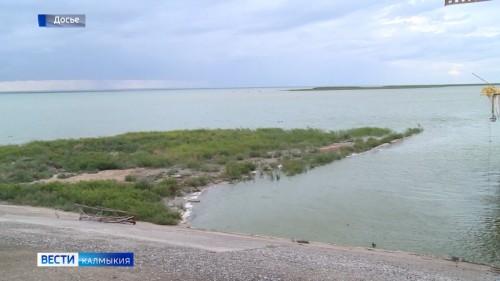 Дефицит питьевой воды в регионе и вопрос обводнения всей территории Калмыкии - главная тема, которая была обсуждена в министерстве природных ресурсов республики