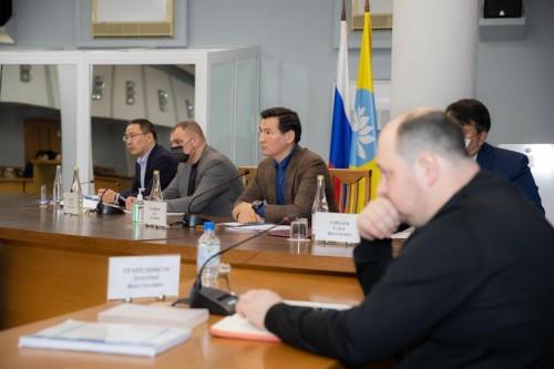 В Калмыкии на Региональном штабе по строительству обсудили вопросы развития инфраструктуры Элисты и ремонта дорог республики