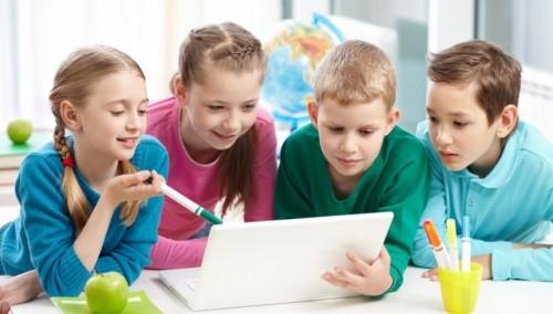Сохранить и развивать систему художественного образования детей