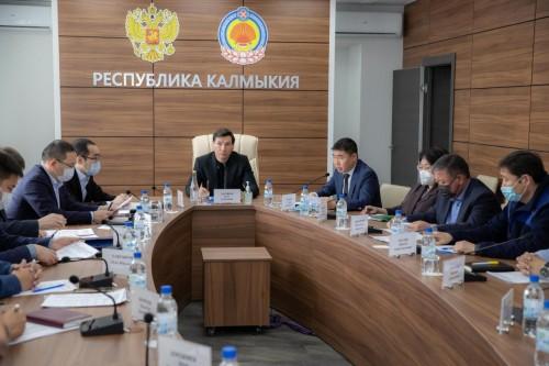 В Калмыкии на Региональном штабе по строительству обсудили создание новых мест в образовательных организациях