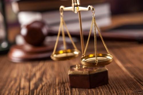 Решением горсуда удовлетворены исковые требования элистинца о взыскании с индивидуального предпринимателя компенсации морального вреда