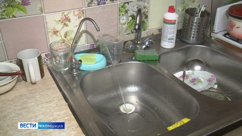 Вода в поселке Цаган Аман не соответствует санитарным требованиям по микробиологическим и паразитологическим показаниям