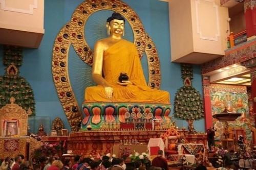 Сегодня - Международный день Будды