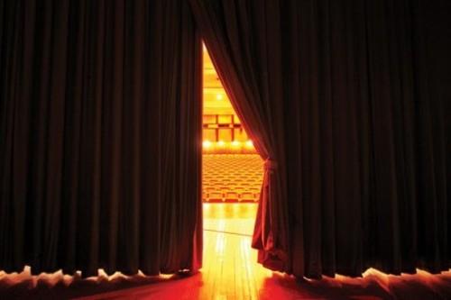 Русский театр драмы и комедии завершает гастроли в Махачкале