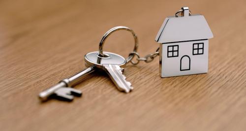 130 переселенцев из аварийного жилья получат новые квартиры раньше времени