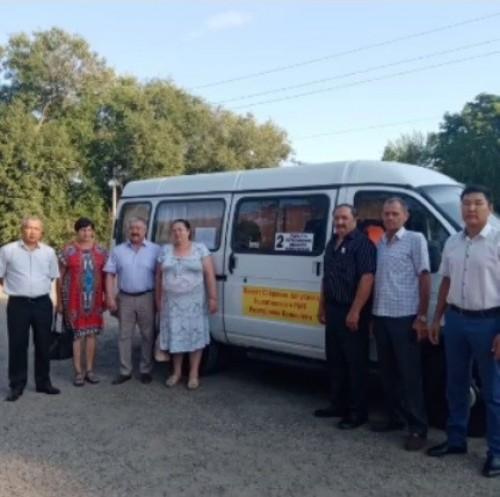 Сегодня в Яшалтинском районе начали свою работу муниципальные пассажирские маршруты
