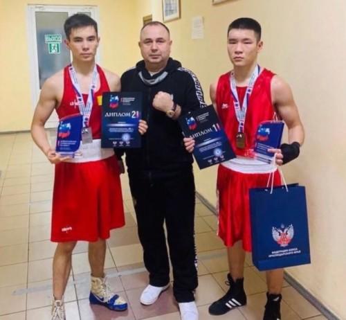 Калмыцкие боксеры выступят в Уфе
