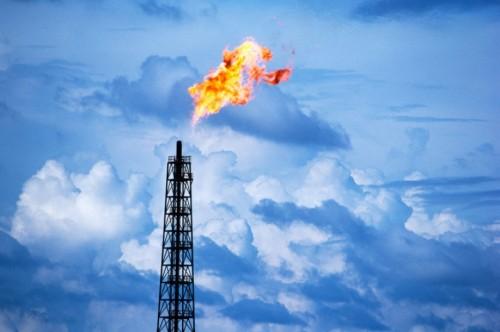 Повышение оптовой цены на сжиженный углеводородный газ стало одной из основных причин подорожания топлива на заправках Элисты