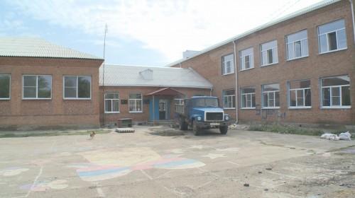 В Красномихайловской средней школе в эти дни идёт капитальный ремонт