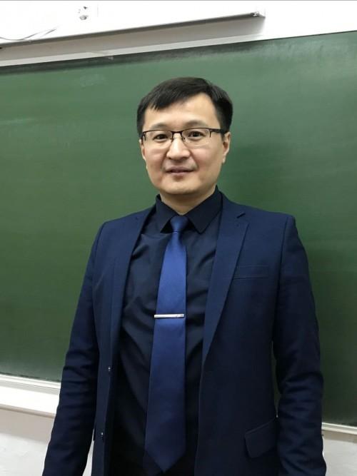 Определен победитель IX Республиканской олимпиады учителей математики «КУБ»