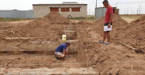 В Цаган Амане началось возведение домов для переселения людей из аварийного жилья