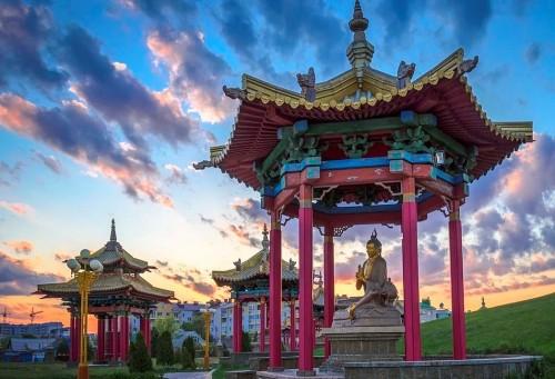 В Москве обсудили развитие буддийского образования в России
