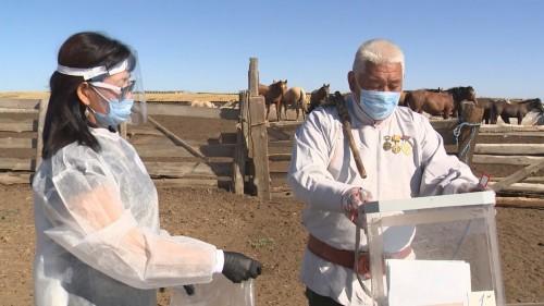 Выездные избирательные комиссии посетили животноводческие стоянки