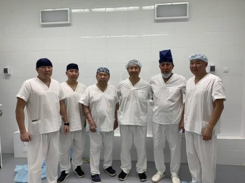 В республиканской больнице провели мастер-класс для урологов
