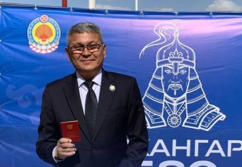 Эдуард Калдариков стал Заслуженным тренером России