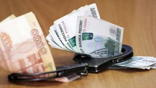 Полицейский из Калмыкии обвиняется в мошенничестве и превышении должностных полномочий
