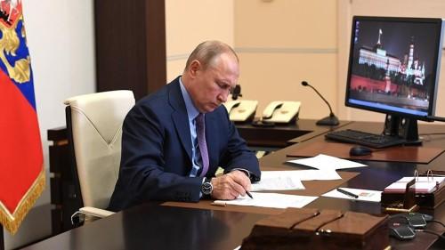 Владимир Путин одобрил меры поддержки бизнеса, предложенные Правительством