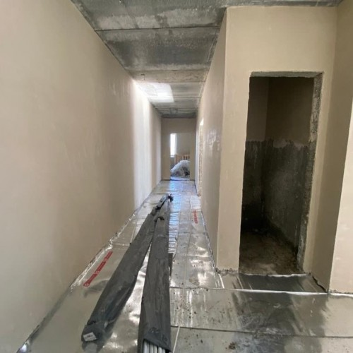 Строительство 44-квартирного дома для собственников аварийного жилья в Элисте продолжается
