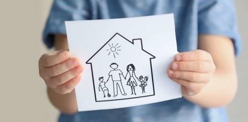 Обучающий курс для родителей «Радость воспитания» стартовал в отделении соцпомощи семье и детям