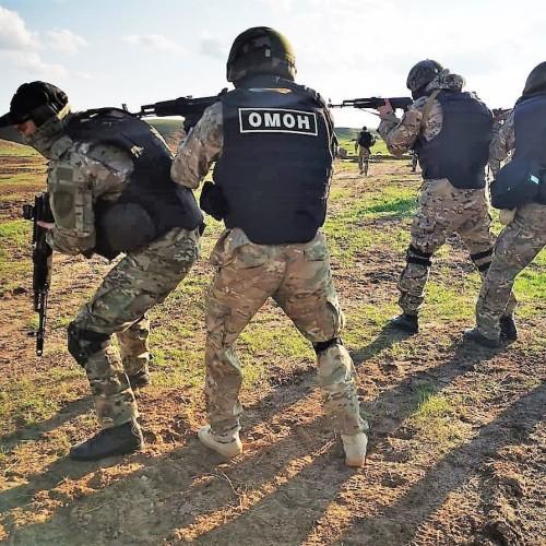 Бойцы спецподразделения Росгвардии провели учения в полевых условиях