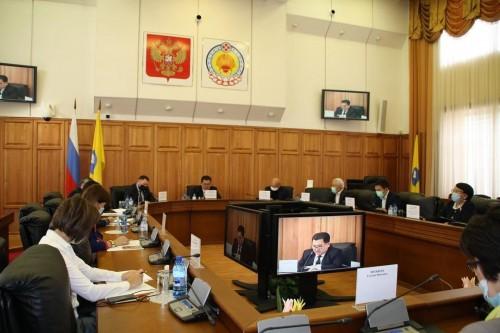 В Народном Хурале республики обсудили  проблемы социальной сферы