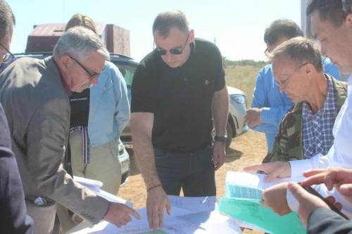 В селе Троицкое и поселке Цаган Аман приступили к строительству станций водоподготовки
