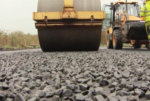 В Лаганском районе приступили к строительству дороги