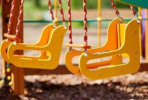Прокуратурой Элисты выявлены факты эксплуатации детских площадок с нарушением требований безопасности