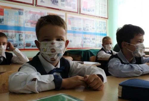 """В школах Калмыкии провели """"Уроки здоровья"""""""