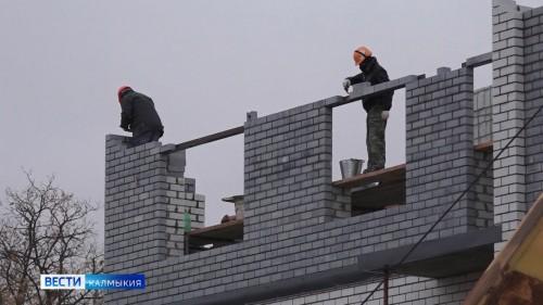 Возведение 26-квартирного дома по улице Некрасова планируют завершить до конца этого года