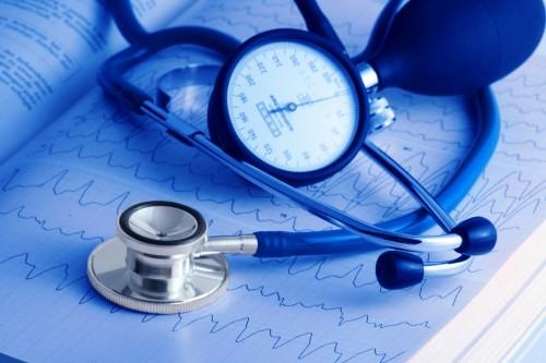 Руководители здравоохранительного и образовательного ведомств Калмыкии доложили о состоянии дел в своих отраслях