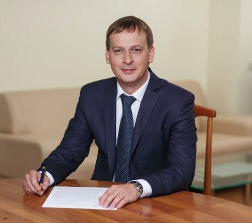 Искренние и теплые слова поздравлений направил Руководитель Федерального агентства водных ресурсов Дмитрий Кириллов