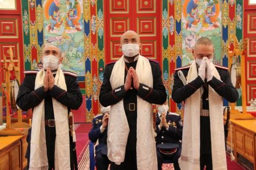 Казаков Калмыцкого казачьего округа в торжественной обстановке проводили в Москву