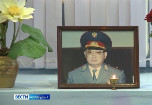 Настоящий генерал и отличный руководитель. В Национальной библиотеке состоялся вечер памяти, посвященный Эрдни Бакланову