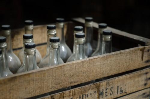 Трое жителей Калмыкии предстанут перед судом за перевозку алкоголя без лицензии
