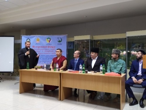 Элиста приняла эстафету по проведению Молодежного форума межконфессионального клуба «Дружный Кавказ»