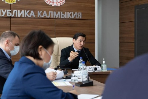 Глава республики в режиме видеоконференцсвязи провел совещание по итогам работы за 2020 год