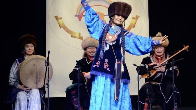 В Элисту с гастролями прибыл Хакасский театр драмы и этнической музыки «Читиген»