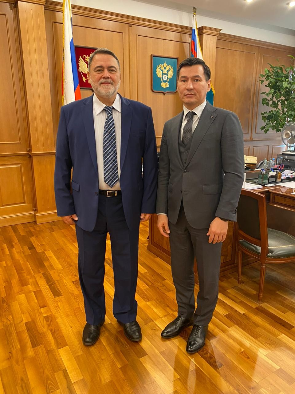 Бату Хасиков встретился  с руководителем Федеральной антимонопольной службы России Игорем Артемьевым