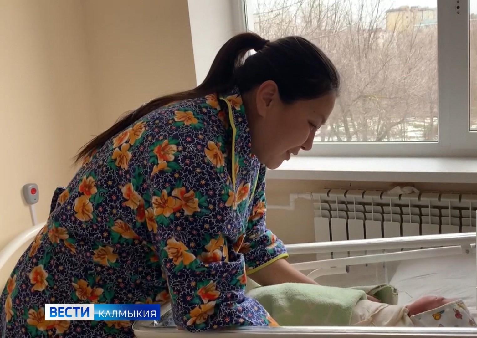 В Республиканском Перинатальном центре родила женщина, перенесшая COVID-19 в тяжелой форме