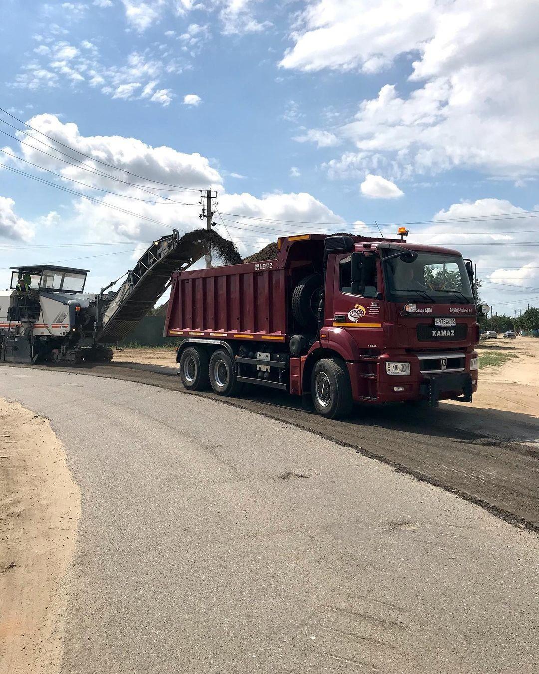 В Лаганском районе приступили к ремонту проезжей части