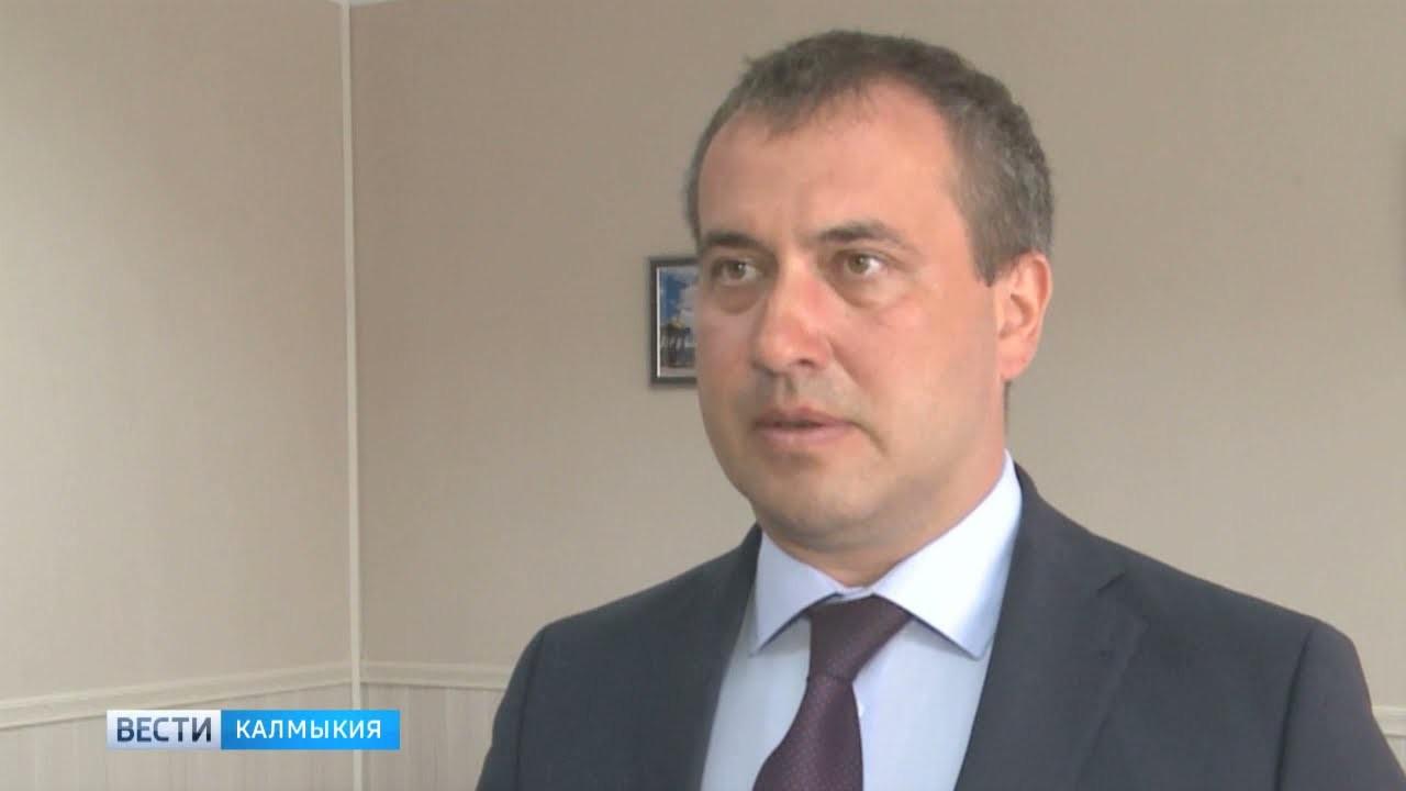 Общественная палата Калмыкии продолжает встречи с руководителями ведомств