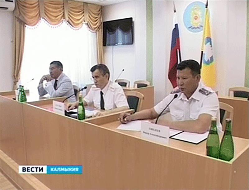 В Калмыкии с рабочим визитом побывал министр внутренних дел России Рашид Нургалиев
