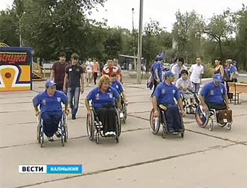 В Элисте прошел социально-патриотический марафон «Сильные духом»