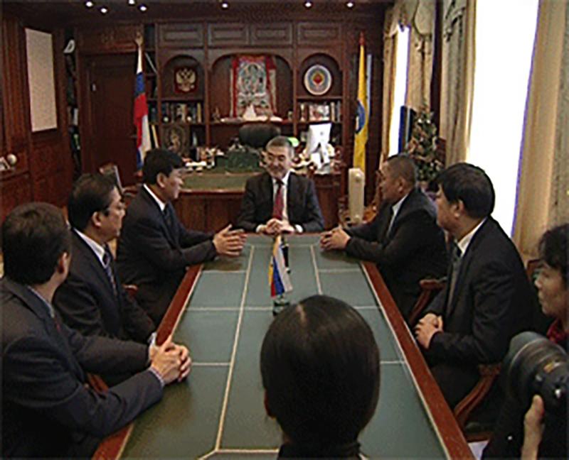 Алексей Орлов встретился с делегацией Синьцзян-Уйгурского автономного округа